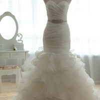 Vintage Tulle Organza Wedding Dress Bridal Gown Strapless Sweetheart Mermaid Trumpet Prom Ball Gown with Train Beaded Crystal Belt Sash