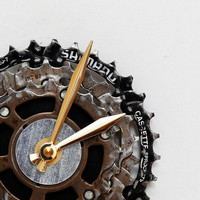 Bike Wall Clock, Bicycle Gear Clock, Bicycle Chain Wall Clock, Steampunk, Recycled Bike Parts Clock, husband gift, engineering gift