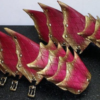 Dragon Scale Leather Armor Gauntlets