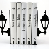 Bookends - Lamp posts - for your favourite cookbooks, laser cut from metal strong enough to hold books