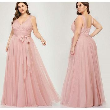 V-Neck Tulle Elegant Lavande Long Dress