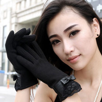 Pair of Elegant Bowknot and Lace Decoration Touch Screen Gloves For Women
