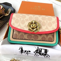 Alwayn Coach Parker Parker Bag Xiaomi Peach Camellia Series Contrast Chain Square Bag Retro Carved Camellia Lock