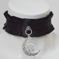 Kitten play collar - Witchy moon - black pleated choker w pentagram - gothic goth wiccan wicca witch necklace choker - dark lolita costume