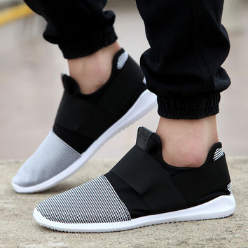 Air mesh fabric mens loafers black white color cloth patchwork leisure canvas shoes for mans cool walk shoes