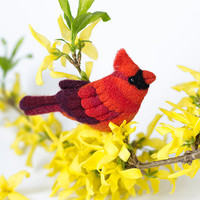 Red Bird Brooch Сardinal / felt bird pins / red brooches / wood bird / woodland jewelry / animal brooch / present for Her / handmade jewelry
