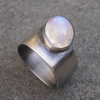 Moonstone Ring. Blue Moonstone Oval Cabochon and Sterling Silver, Thick Band, Bezel Set. US Size 5.5