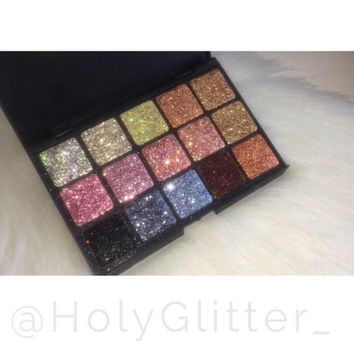 15 piece glitter palette - colors can be customized!