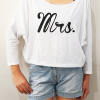 Mrs Shirts Chic Shirts Funny Shirts Bat Sleeve Shirts Crop Shirts Women Long Sleeve Shirts Oversized Sweatshirt Women Shirts - FREE SIZE