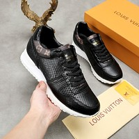 lv louis vuitton womans mens 2020 new fashion casual shoes sneaker sport running shoes 153