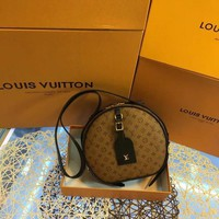 HCXX L038 Louis Vuitton LV Chapeau Souple Boite Chapeau Souple handbag 20-22.5-8cm Brown Black