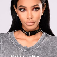 Stud For A Night Choker - Gold