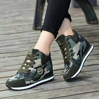 Fooraabo 2018 Female Casual Shoes Autumn Winter New Brand Fashion High-top Camouflage Women Shoes Basket Femme Tenis Feminino