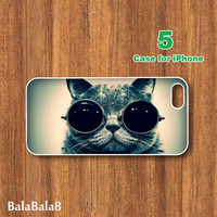 iPhone  4 case,iphone 5 Case--Smart Cat Eyes Glasses , in durable plastic or rubber silicone case