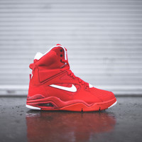 NIKE Air Command Force - University Red
