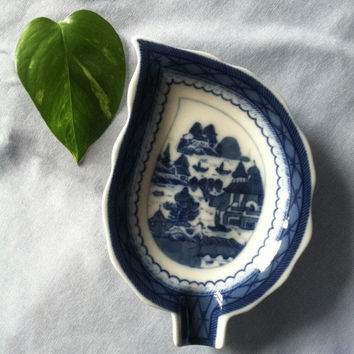 Blue White Porcelain Leaf Trinket Dish Historic Canton Pattern Leaf Dish Made by Vista Alegre for Mottahedeh Reproduction Condiment Dish