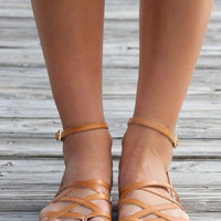 SZ 10 Chinese Laundry Gia Tan Leather Sandals