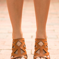 Dreams Are Made Of These Wedges, Camel