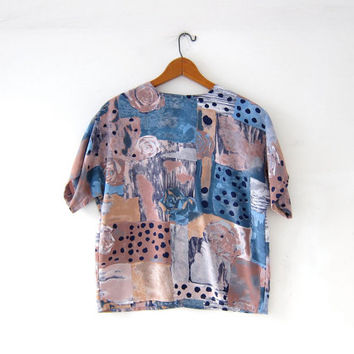 vintage boxy cropped shirt. pastel short sleeve blouse. floral abstract top.