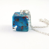 Resin Pendant Necklace - Real Pressed Flower Bio Resin Jewelry,  Cube Botanical Pendant, Resin Necklace, Floral jewelry