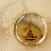 Vintage Eiffel Tower Paris glass paperweight small France souvenir shabby chic paperweight