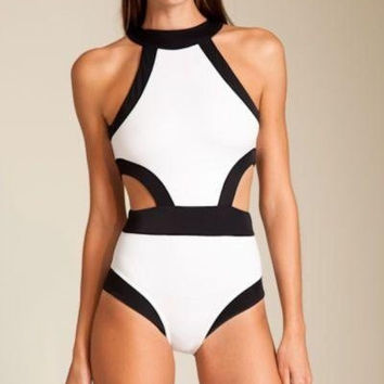 2015 Newest Sexy One-Piece Biniki Cut Out Bandage Swimwear Padded Swimsuit Black White Patchwork Bodysuit Women Bathing Suits = 1955939012