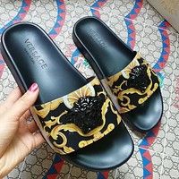 Versace Hot Sale Printed Casual Slippers