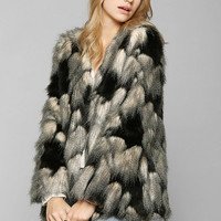 Ladakh Pieced Faux Fur Jacket - Urban Outfitters