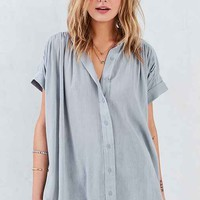 Ecote Annie Gauzy Button-Front Tunic Blouse