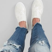 Blowfish Madios Shoe - Women's Shoes in White   Buckle