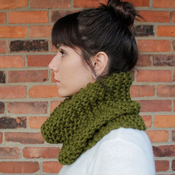 Chunky Knit Cowl Infinity Scarf in Cilantro Green - Custom Order