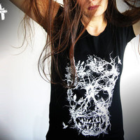 T shirt skull tree white black goth horror art women bird scary blood