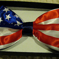 US OF AMERICA/4TH OFJULY AMERICAN FLAG ADJUSTABLE BOW TIE-AMERICAN BOW TIE-NEW!!