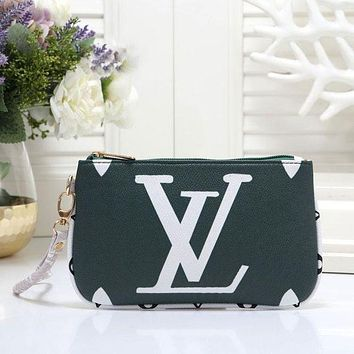 Louis Vuitton LV Fashion New Women Letter Print Leisure Leather Clutch Bag Handbag Wristlet Green