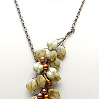 Green and Copper Beaded Necklace, Green Leaf Necklace, Green Nature Jewelry, Woodland Wedding Jewelry