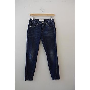 "AMO Denim ""Twist"" Dark Wash Skinny (25)"