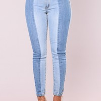 Split In Two Contrast Jeans - Light