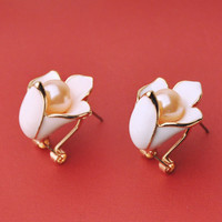 Lovely drip pearl earrings