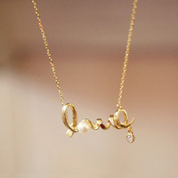Instafashion — Golden Love Necklace