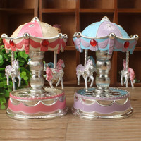 Vintage Carousel Music Box With Light Plastic Merry-Go-Round Music Box Jewelry Box Wedding Decoration Gift Kids Toy Home Decor