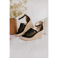 Not Rated Juti Wedges in Black