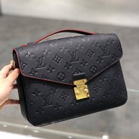 Louis Vuitton Lv Bag #634