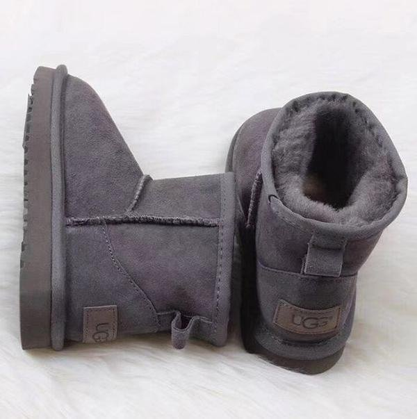 Image of UGG Women Fashion Wool Snow Boots