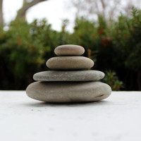 Make Your Own Zen Cairn , Loose Lake Stones for Sculpting and Garden Decoration ZC4