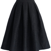 Jacquard Rose Pleated Midi Skirt in Black Black