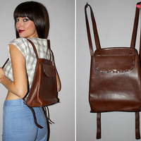 Vintage 90s LEATHER Backpack / Multi POCKETS / Chocolate Brown / Adjustable Straps / Mid-Size / Festival, School, Everyday / OOAK