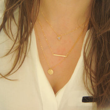 Layering Necklace Set of 3  Horizontal Bar Drop Necklace  Simple Bar Triangle and Hammered Disc Lariat Necklace Layering Necklace