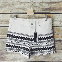 Ali High Rise Geo Chevron Short