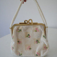 1950s Beaded Cream Purse with Beaded Flowers Roses in Geometric Pattern - Gold Frame Evening Bag - Garden Party Mad Men - Lumured Purse