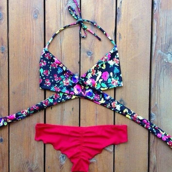 2015 Sexy Women's Bikini Set Summer Beach Bra Floral Swimsuit Push-up Swimwear = 1956337540